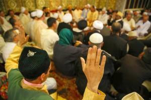 Hommage à Cheikh Nazim retourné à Dieu le 8 mai 2013